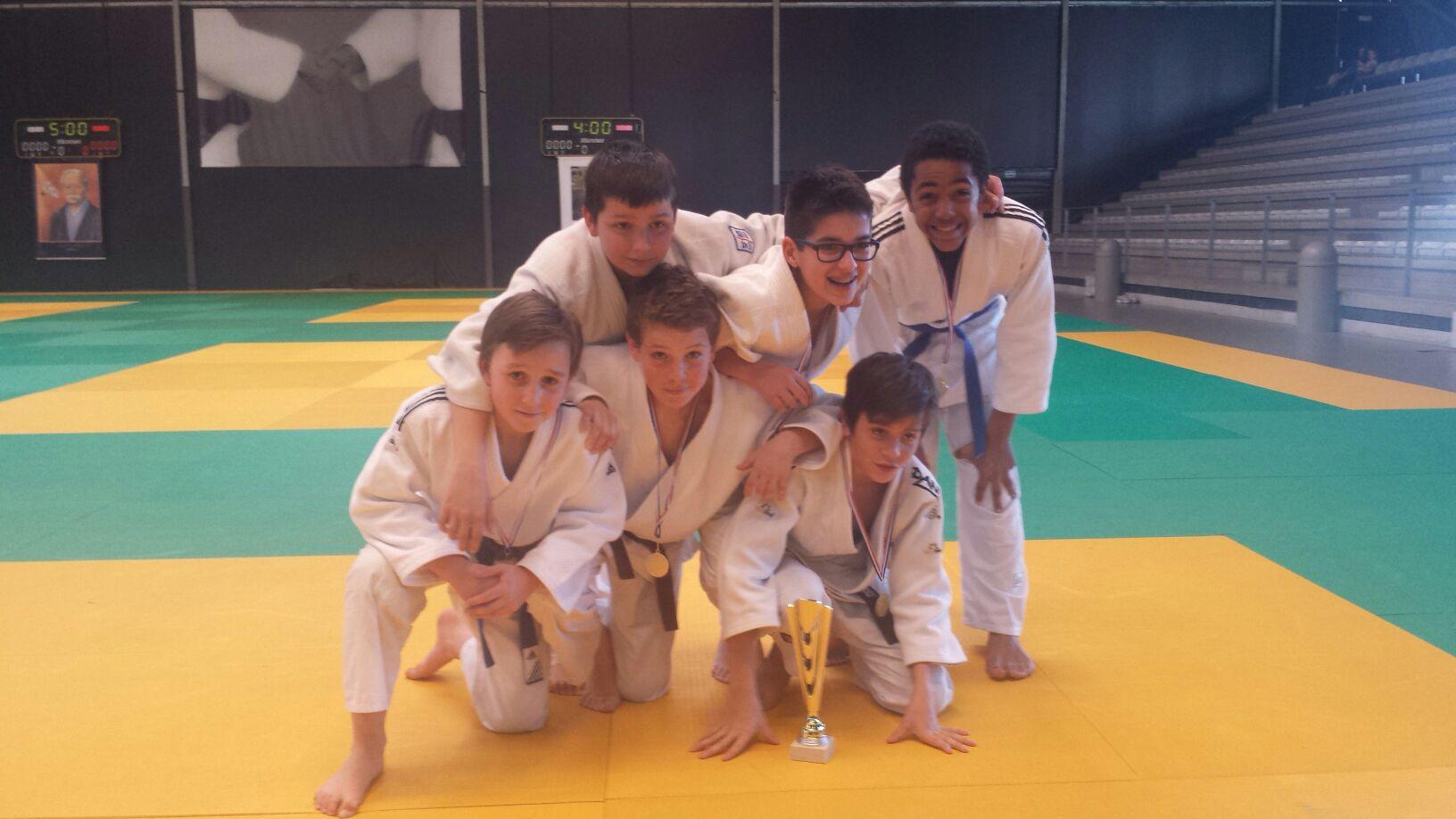 Champion de Gironde par Equipes Benjamins et Minimes